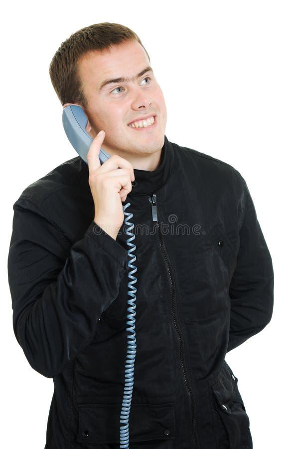 Homme parlant au téléphone. photographie stock libre de droits