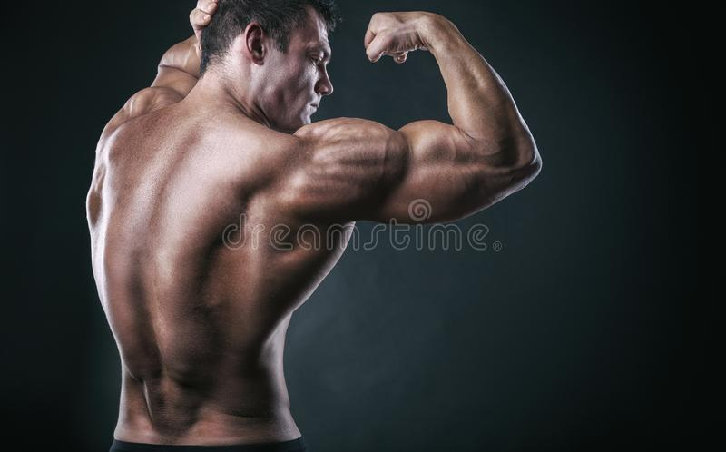 Homme sportif images stock