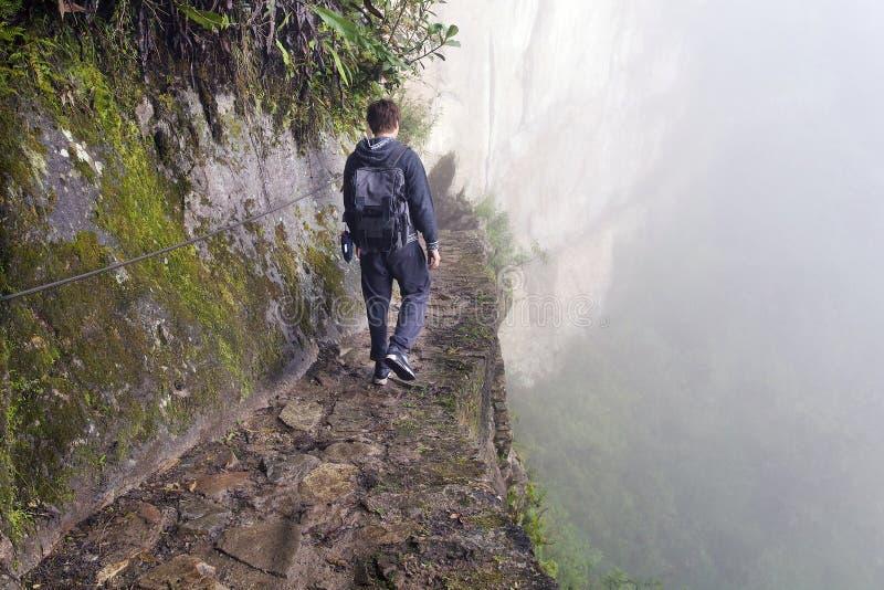 Homme sur le pont d'Inca photographie stock libre de droits
