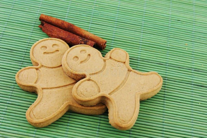 Hommes de pain de gingembre photos stock