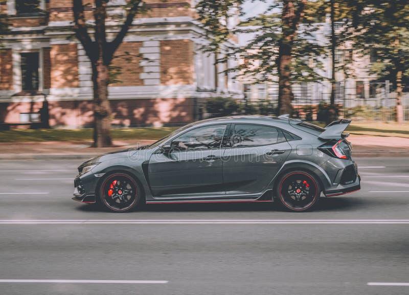 Honda Civic typ-r i RIga royaltyfri foto