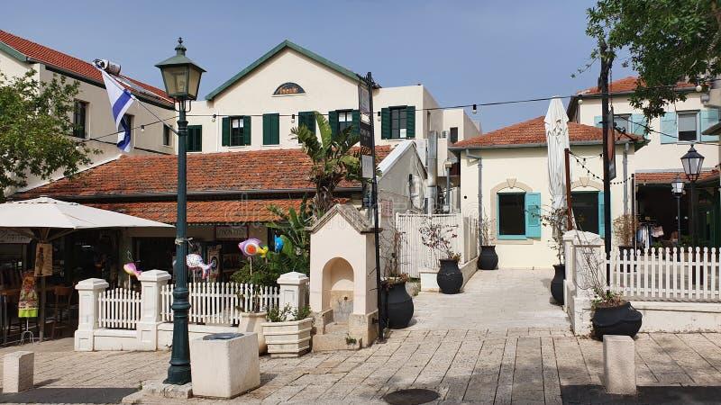 Honda nuevas casas de una d en el zichron yaakov Israel imagen de archivo