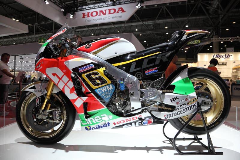 Honda que compite con la motocicleta imagenes de archivo
