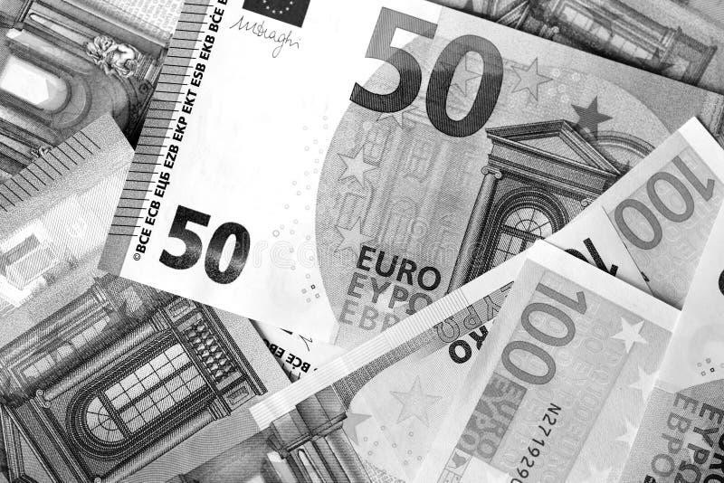 Honderd Vijftig euro bankbiljetten in zwart-witte stijl royalty-vrije stock afbeelding