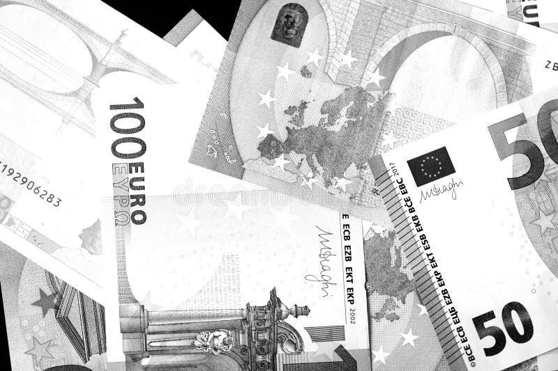 Honderd Vijftig euro bankbiljetten in zwart-witte stijl royalty-vrije stock foto