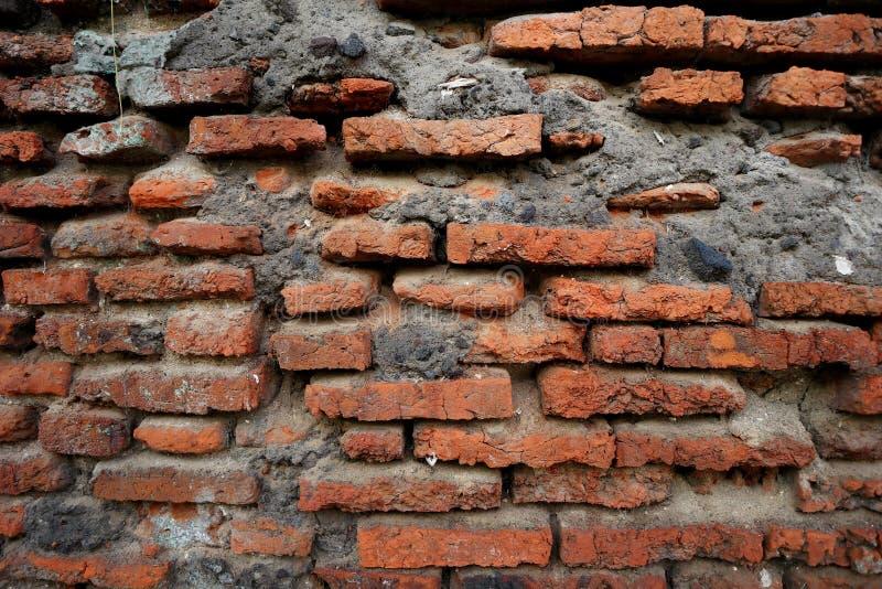 Honderden jaren oude rode bakstenen muren zijn nog intact en duurzaam royalty-vrije stock fotografie