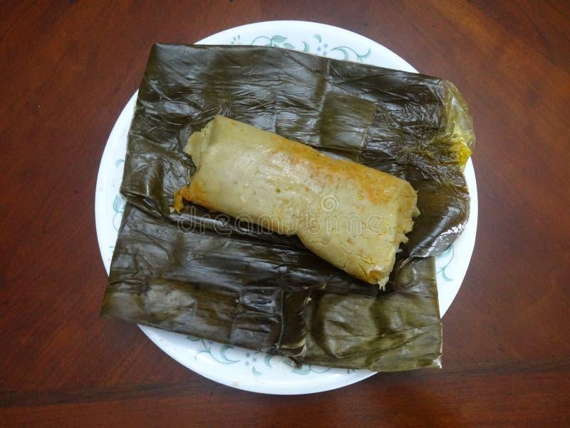Honduras karmowi domowej roboty tamales odwijający fotografia stock