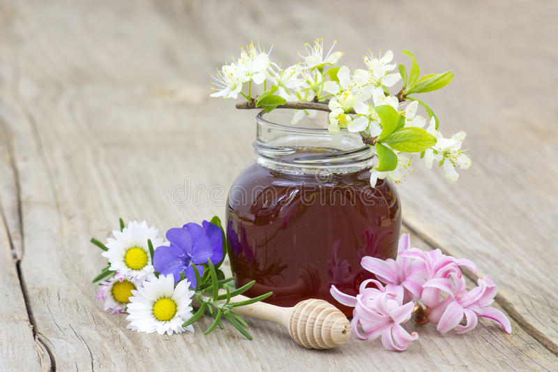 Download Honey In A Jar, Flowers And Honey Dipper Stock Photo - Image of branch, nectar: 39513782