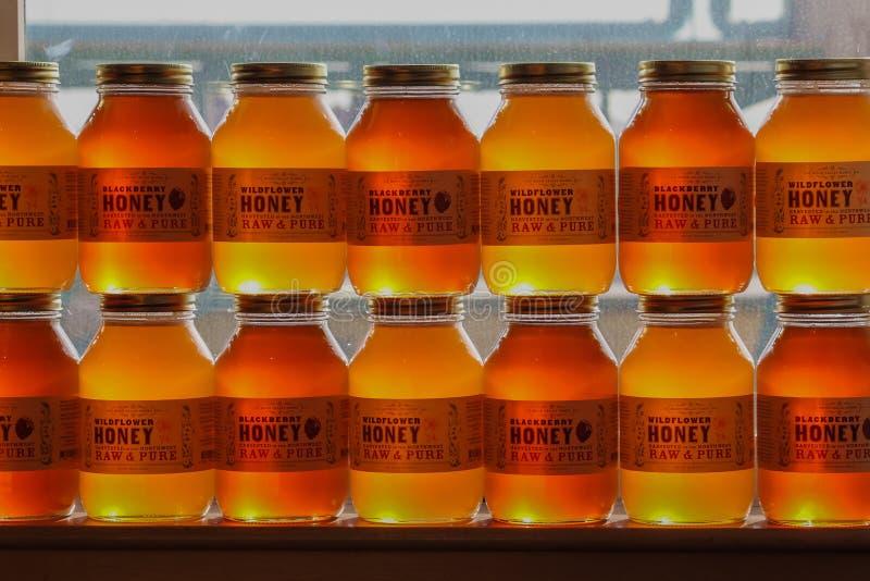 Honey Jars empilé photographie stock