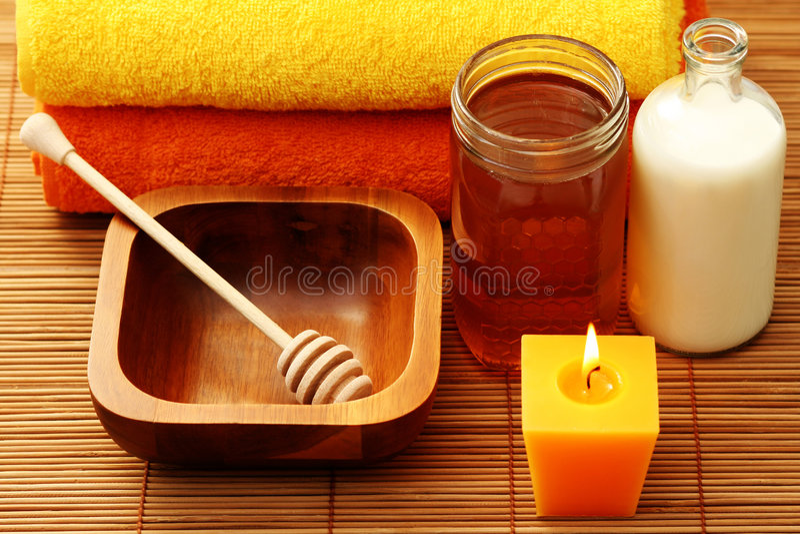 honey milk spa στοκ φωτογραφίες