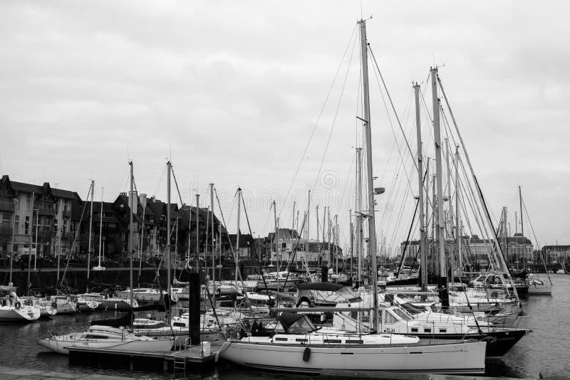 Honfleur Франция в черно-белом стоковое фото rf