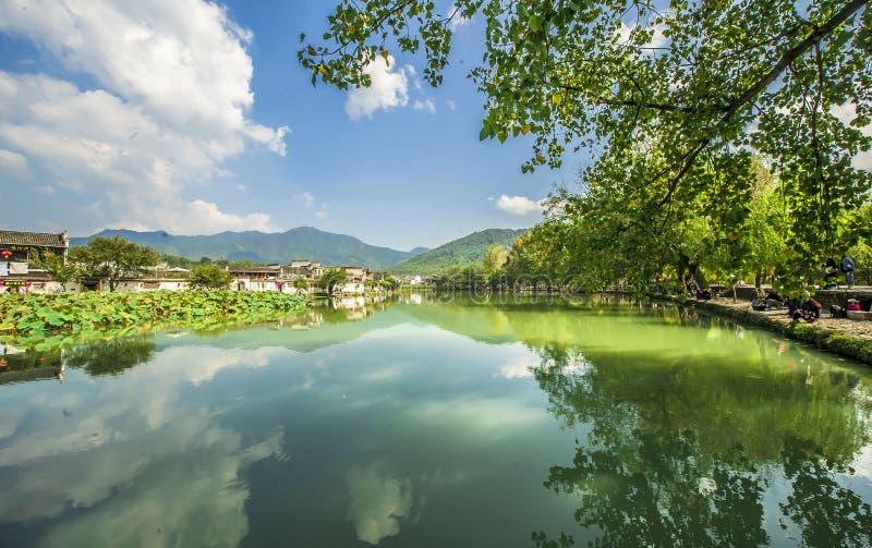 Hong cunby av Anhui royaltyfri foto