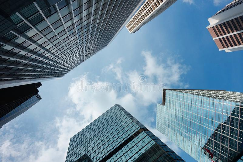 Hong Kong affärsskyskrapa på skymning royaltyfri foto
