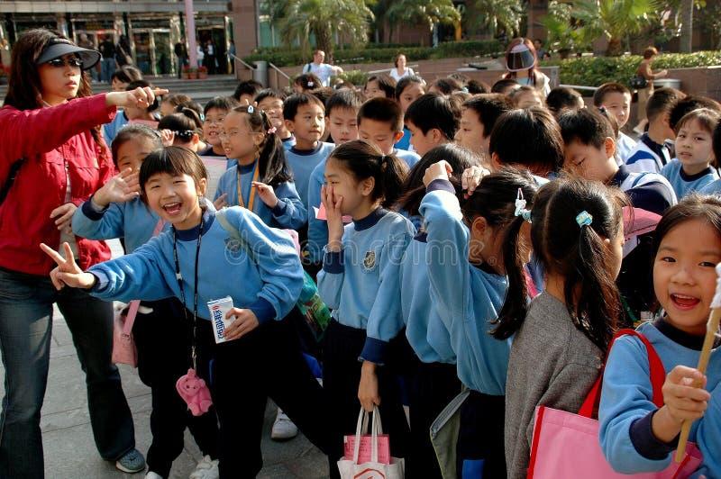 Hong Kong, China: Studenten auf Exkursion lizenzfreie stockfotos