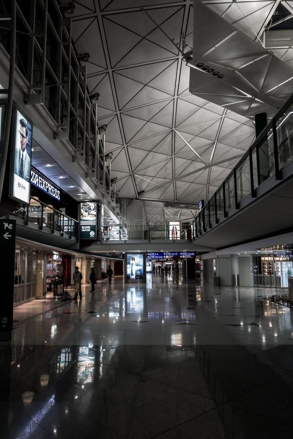 HONG KONG, CHINE - JANVIER, 11 : Hong Kong International Airport intérieur Aérez le passage à la Chine continentale, à l'est et à photos stock