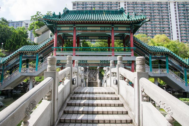Hong Kong, Chiny, wej?cia dobrzy ?yczenia w ?wi?tynnym kompleksie Wong tai grzech ogr?d fotografia stock