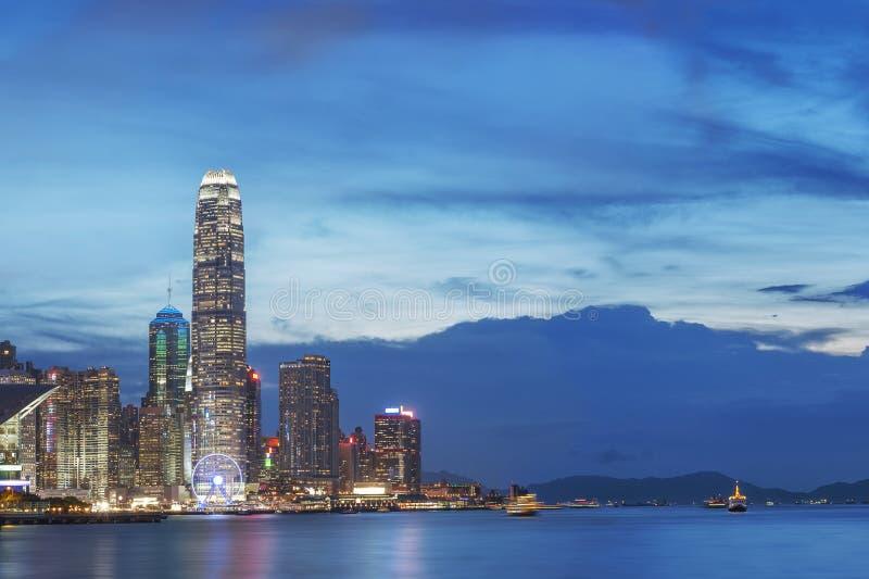 Hong Kong City bij Schemer stock fotografie