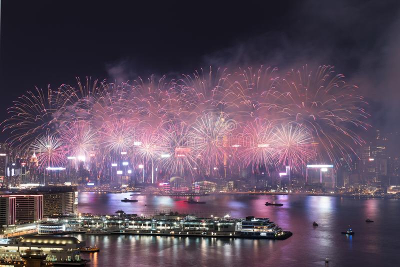 Hong Kong Colorful Firework in Victoria Harbour stock afbeelding