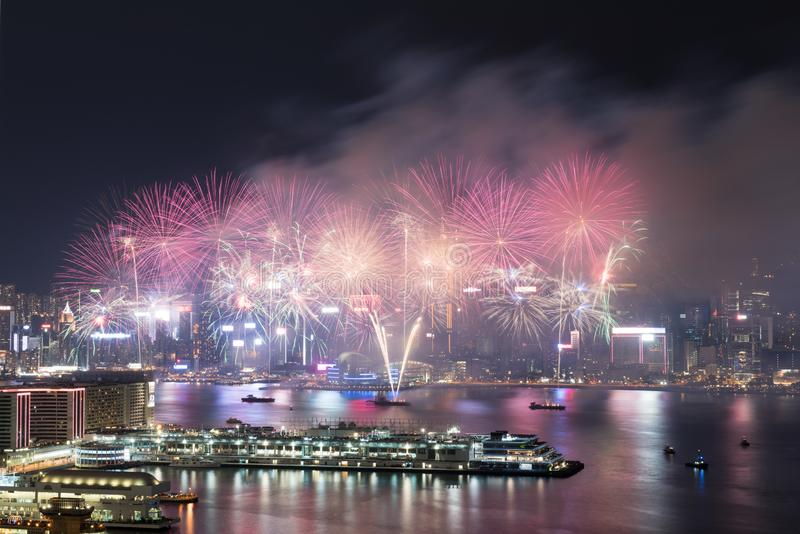Hong Kong Colorful Firework in Victoria Harbour royalty-vrije stock afbeelding