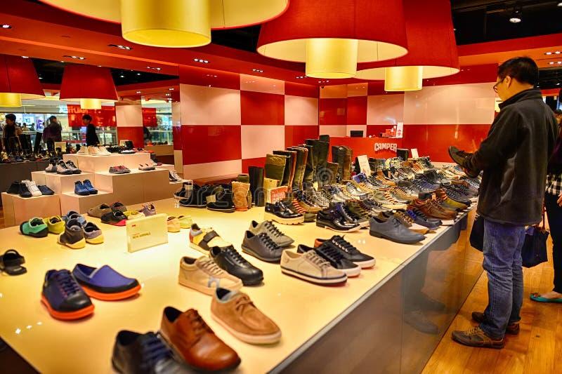 Hong Kong-Einkaufszentreninnenraum lizenzfreies stockbild