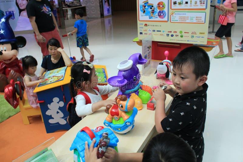 Hong Kong Event del carnaval del bebé del amor de la familia del mundo del ` s de Disney imagen de archivo libre de regalías