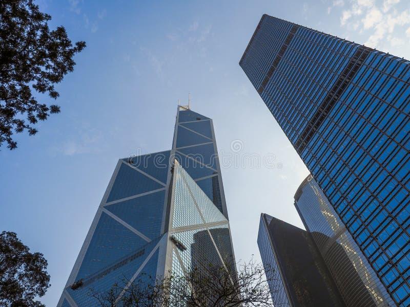 Hong Kong, Grudzień - 7, 2016: Nowożytni budynki bank chin wierza i Cheung Kong Centre są jeden wysocy drapacz chmur wewnątrz zdjęcie stock