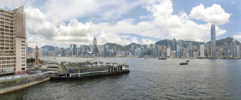Hong Kong Island View van Kowloon-Panorama stock afbeeldingen