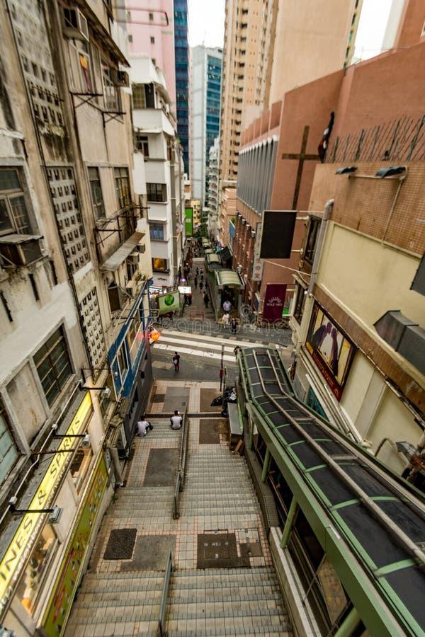 HONG KONG - JANURAY 11 : Passage supérieur piétonnier du centre au central photographie stock libre de droits