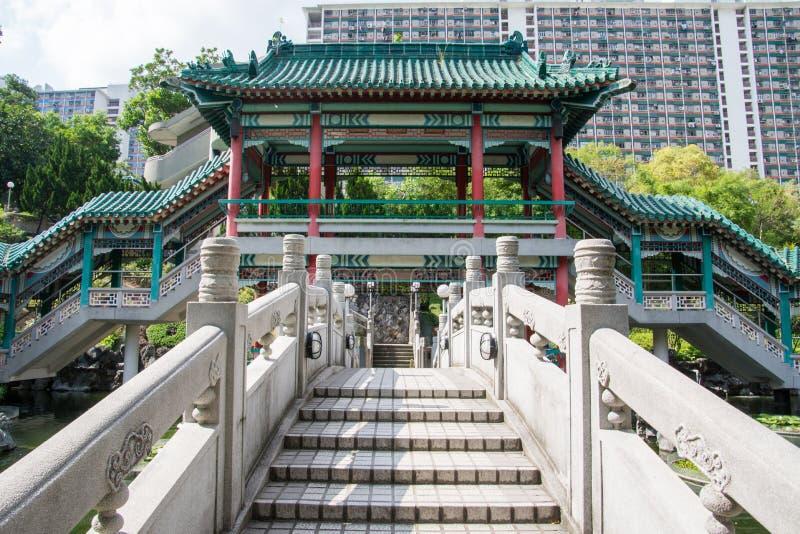 Hong Kong Kina, ing?ngstr?dg?rd av gratulationer i tempelkomplexet av den Wong tai synden arkivbild