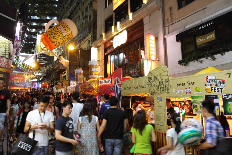 Hong Kong: Lan Kwai Fong Beer y Fest 2013 de la música fotos de archivo