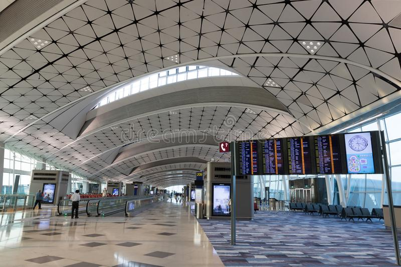 Hong Kong lotniska mi?dzynarodowego ?rodka boiska Concourse obraz stock