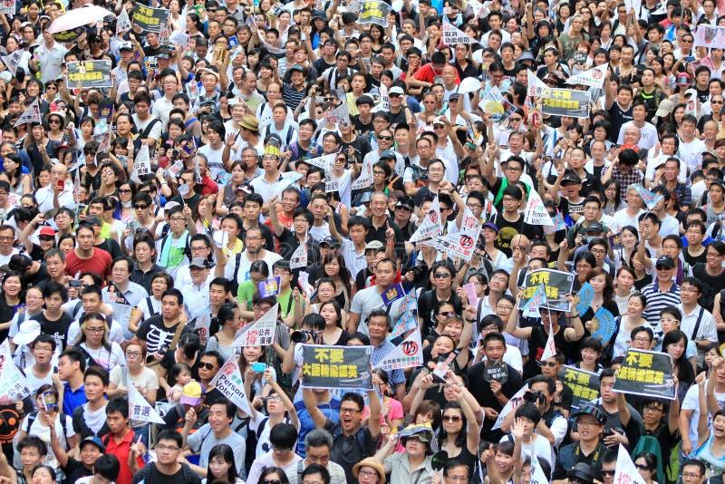 Hong Kong marschiert am 1. Juli 2012 lizenzfreie stockbilder