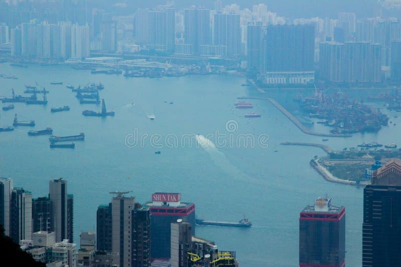 Hong Kong miasto Chiny, Styczeń, -, 2019: miasto krajobrazowy widok od Wiktoria szczytu Biznesowy budynek i drapacz chmur w Hong obrazy stock
