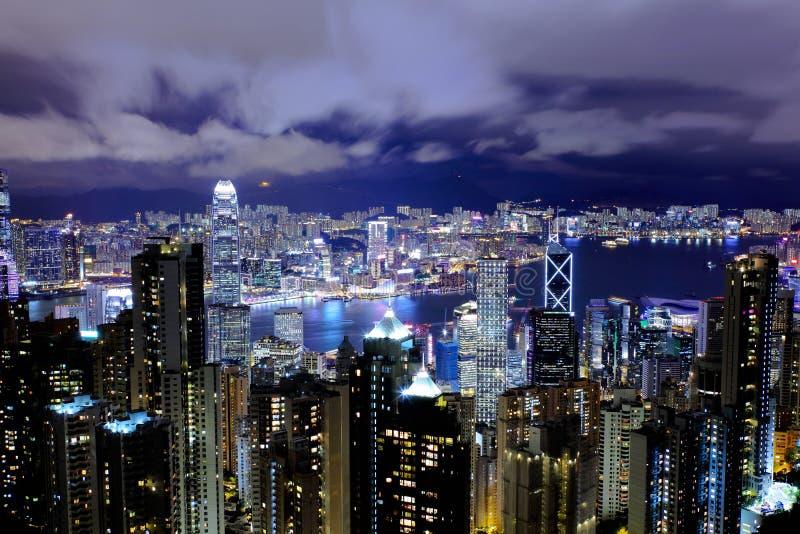 Download Hong Kong nachts stockfoto. Bild von asien, schönheit - 26352732