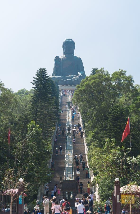 HONG KONG -2015 am 17. Oktober: Tian Tan Giant Buddha von PO Lin Monastery stockbilder
