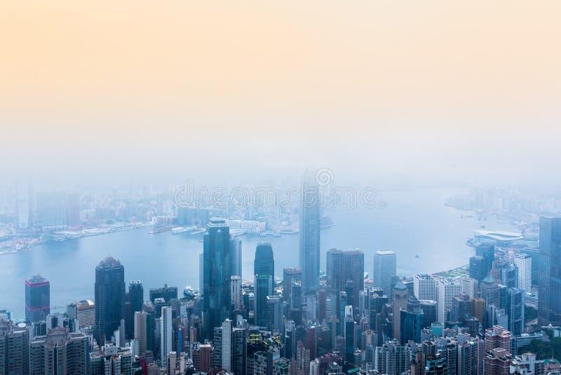 Hong Kong platserna, victoria hamn från den maximala fågelsikten, fotografering för bildbyråer