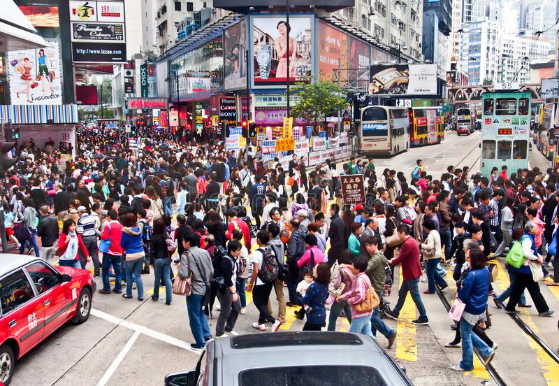 Hong Kong shoppinggata royaltyfria foton