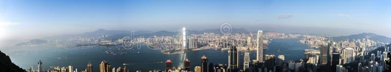Hong Kong sikt från Victoria Peak till fjärden och skyskrapan arkivbilder