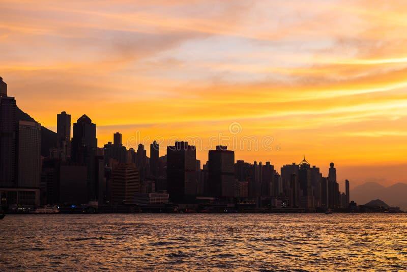 Hong Kong Skyline Kowloon de coucher du soleil de colline de Fei Ngo Shan images stock