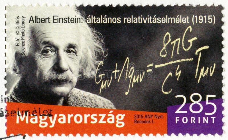 HONGARIJE - 2015: toont Albert Einstein 1879-1955, fysicus, 100ste Anniv van voorgesteld de algemene relativiteitstheorie stock foto's