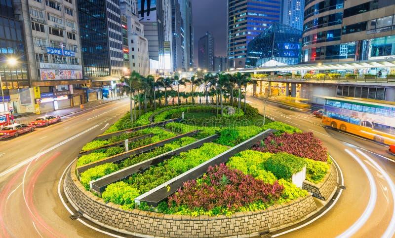 HONGKONG - MAJ 12, 2014: Modern stadshorisont med vägbilligh fotografering för bildbyråer