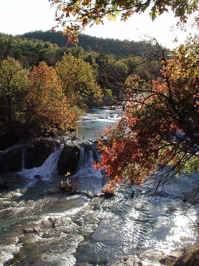Honig-Nebenfluss-Herbst lizenzfreies stockfoto