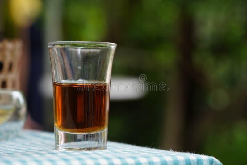 Honing in koffiewinkel royalty-vrije stock foto's