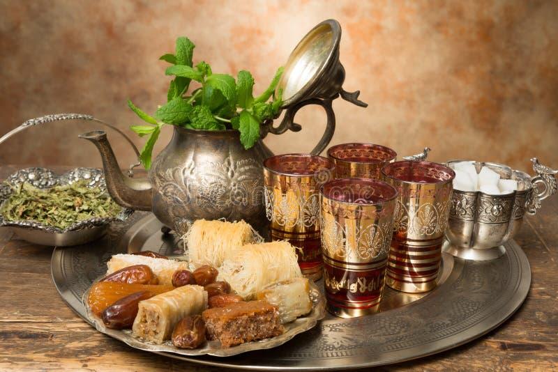 Honingskoekjes voor oosterse thee royalty-vrije stock foto