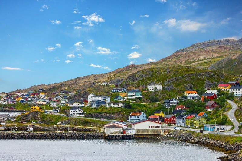 Honningsvag é cidade norueguesa além do círculo ártico fotos de stock