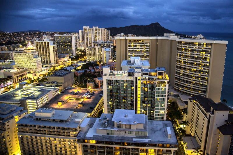Honolulu bij Nacht stock foto's