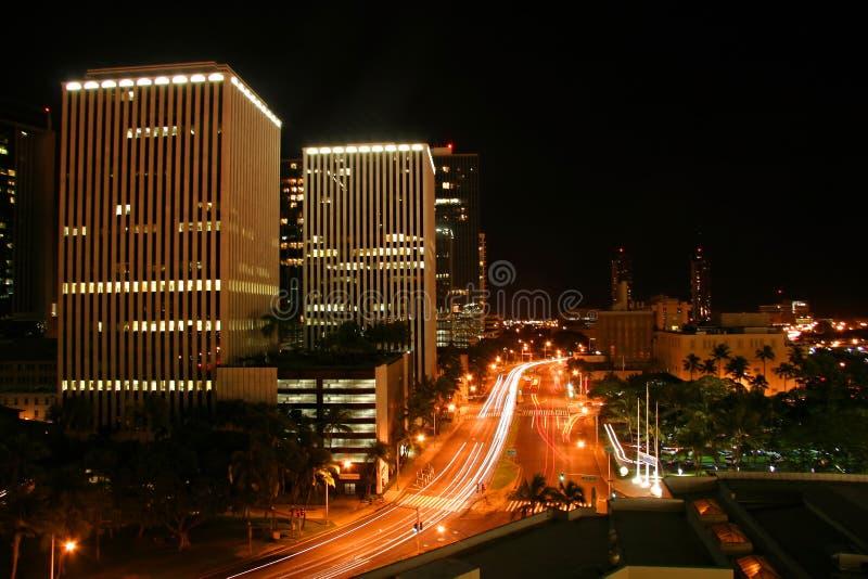 Honolulu du centre la nuit photo stock