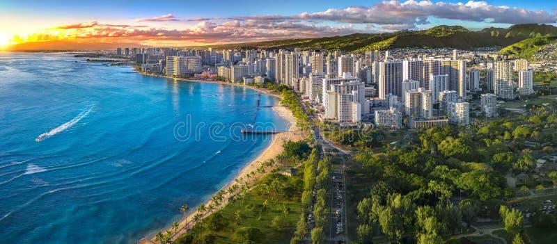 Honolulu linia horyzontu z oceanu przodem fotografia royalty free