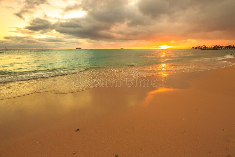 honolulu plażowy waikiki zdjęcia royalty free