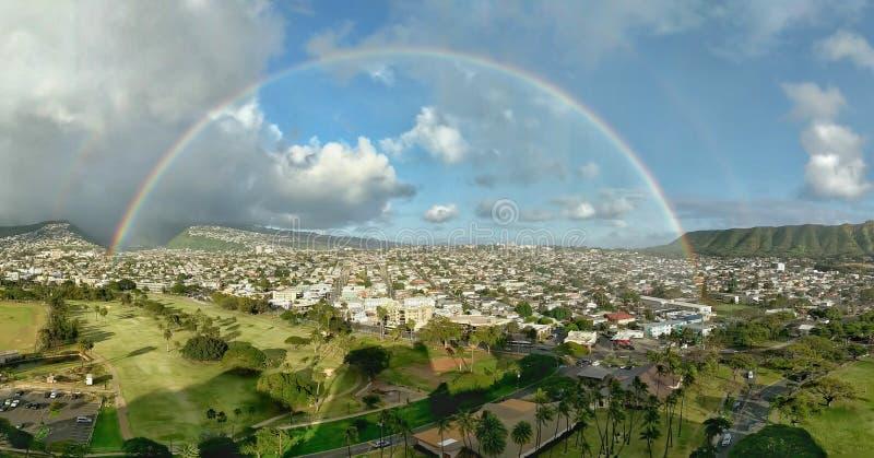 Honolulu regnbåge arkivbild